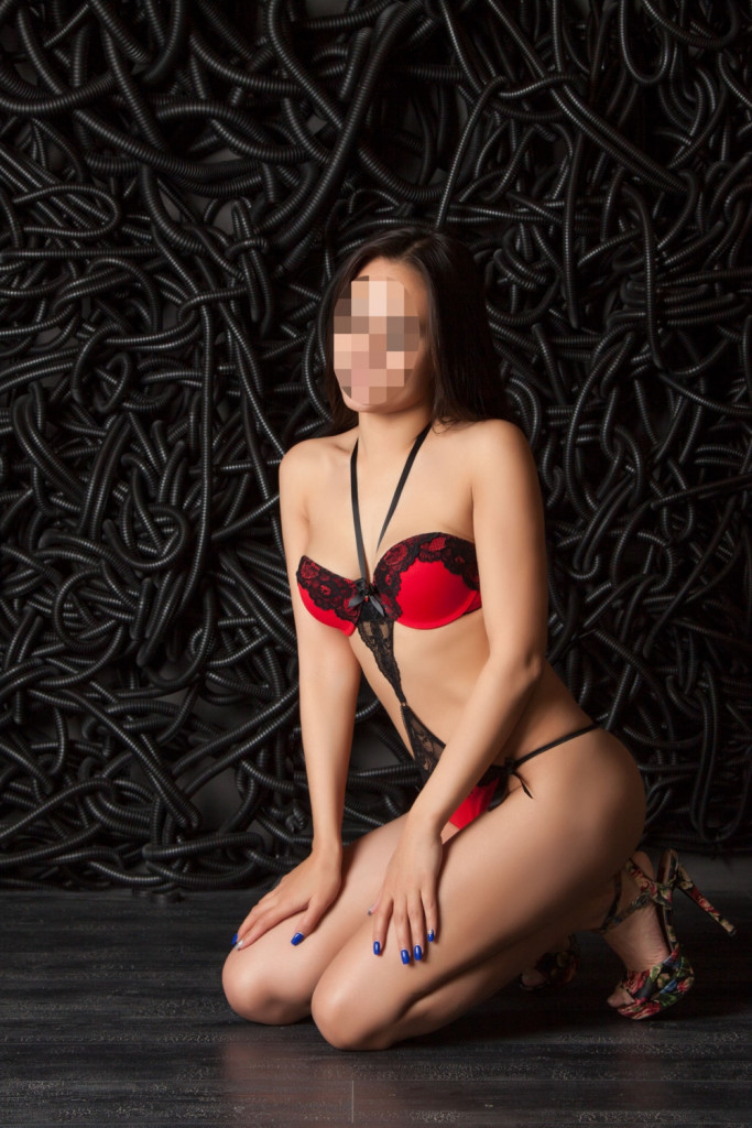где снять проститутку в екатеринбурге цена
